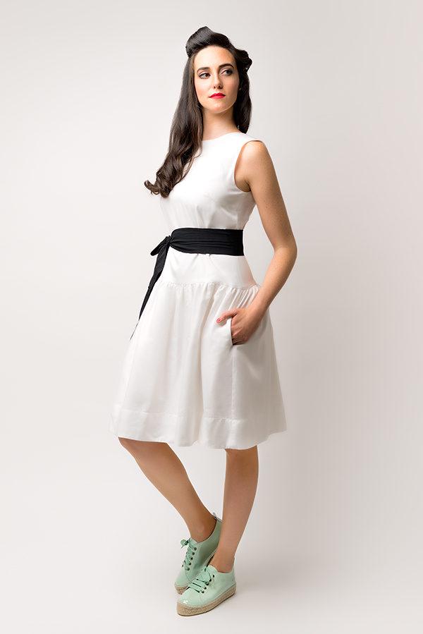 Vestido Hormiga Blanco 1 - SS Spring Bichos - Azul Marino Casi Negro